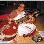 விதுஷி வித்யா சங்கரின் இரு புத்தகங்கள் - ஒரு பார்வை