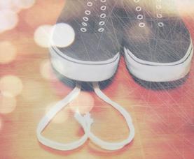 Shoe_laces_love_White_Heart_Bunny