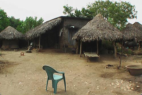 village_Tamil_Nadu_Scene_Hut_houses