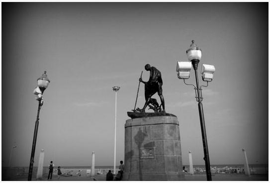 Merina_Madras_Chennai_Gandhi_Statue_MK_Mahatma_Beach_Marina