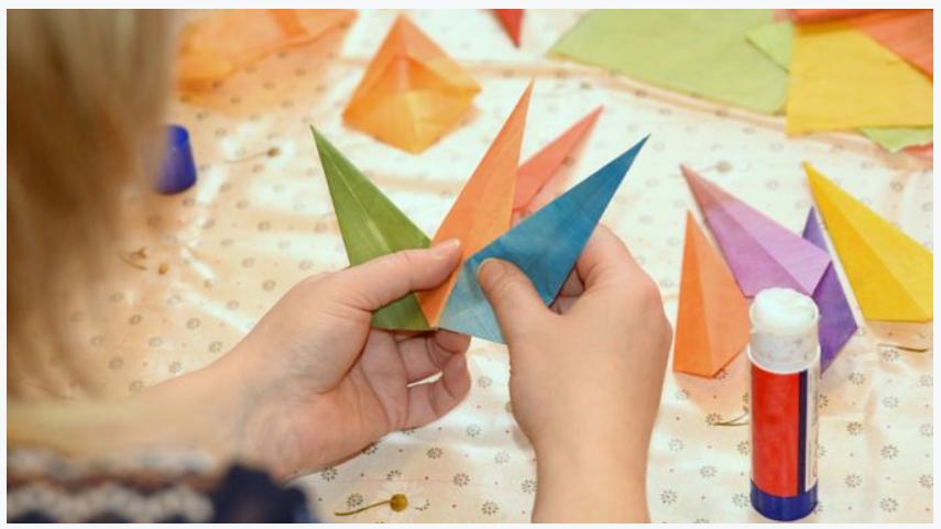 paper_art_glue_hands_ship
