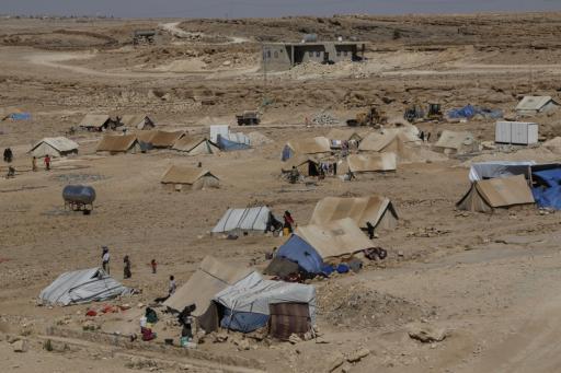 yemen_amran_syria_isis_houthis_rebels_displaced_war_idp_water_tank